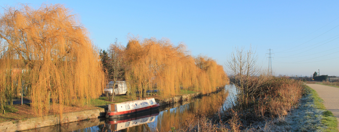 Beeston Canal - by Andrew Guest